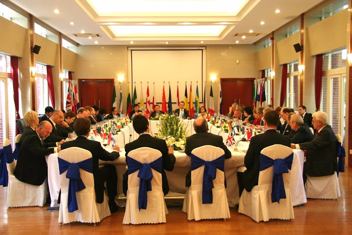 外交政策、防务及安全事务的合作